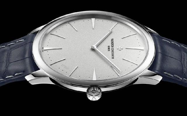 保养后的江诗丹顿手表