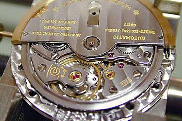 江诗丹顿手表维修中的常见问题